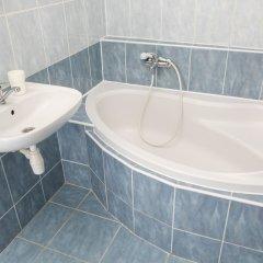 Отель Welcome Charles Bridge Apartments Чехия, Прага - отзывы, цены и фото номеров - забронировать отель Welcome Charles Bridge Apartments онлайн ванная