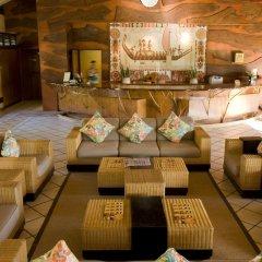 Отель Hilton Moorea Lagoon Resort and Spa интерьер отеля
