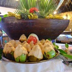Отель Voyager Beach Resort питание фото 3