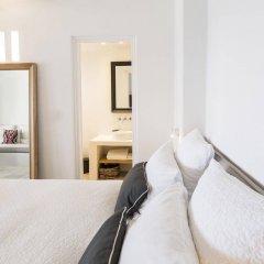 Отель Porto Fira Suites Греция, Остров Санторини - отзывы, цены и фото номеров - забронировать отель Porto Fira Suites онлайн комната для гостей фото 4