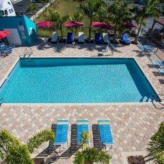 Отель Days Inn by Wyndham Sarasota Bay бассейн фото 2