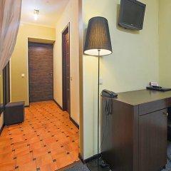 Гостиница Меблированные комнаты комфорт Австрийский Дворик Стандартный номер с двуспальной кроватью фото 20