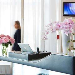 Отель Radisson Blu 1835 Hotel & Thalasso, Cannes Франция, Канны - 2 отзыва об отеле, цены и фото номеров - забронировать отель Radisson Blu 1835 Hotel & Thalasso, Cannes онлайн удобства в номере
