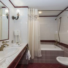 Аглая Кортъярд Отель ванная