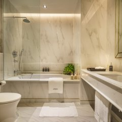 Отель Akyra Thonglor Bangkok Таиланд, Бангкок - отзывы, цены и фото номеров - забронировать отель Akyra Thonglor Bangkok онлайн ванная фото 2