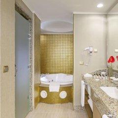Royal Holiday Palace Турция, Кунду - 4 отзыва об отеле, цены и фото номеров - забронировать отель Royal Holiday Palace онлайн ванная фото 2