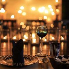 Отель Saffron & Blue - an elite haven Шри-Ланка, Косгода - отзывы, цены и фото номеров - забронировать отель Saffron & Blue - an elite haven онлайн помещение для мероприятий