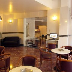 Отель Evripides Hotel Греция, Афины - 3 отзыва об отеле, цены и фото номеров - забронировать отель Evripides Hotel онлайн интерьер отеля фото 2