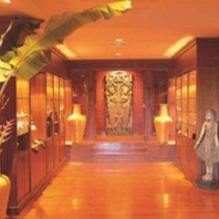 Отель Pavilion Queen's Bay интерьер отеля