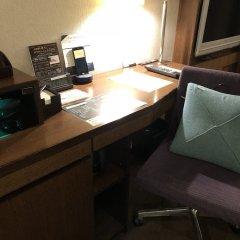 Отель Gracery Tamachi Hotel Япония, Токио - отзывы, цены и фото номеров - забронировать отель Gracery Tamachi Hotel онлайн удобства в номере фото 2