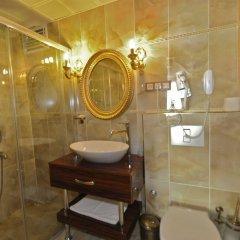 Salinas Istanbul Hotel Турция, Стамбул - 1 отзыв об отеле, цены и фото номеров - забронировать отель Salinas Istanbul Hotel онлайн ванная