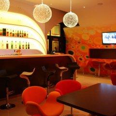 Garden Palace Hotel гостиничный бар