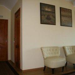 Отель Sveciu Namai Klaipeda Inn Литва, Клайпеда - отзывы, цены и фото номеров - забронировать отель Sveciu Namai Klaipeda Inn онлайн интерьер отеля фото 2
