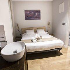 Отель Hola Rooms Испания, Мадрид - отзывы, цены и фото номеров - забронировать отель Hola Rooms онлайн сейф в номере