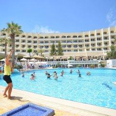 Отель The Golden Coast Beach Протарас бассейн