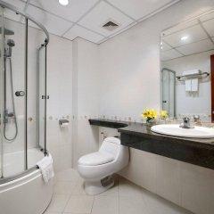 Отель Lakeside Palace Hotel Вьетнам, Ханой - отзывы, цены и фото номеров - забронировать отель Lakeside Palace Hotel онлайн ванная фото 2