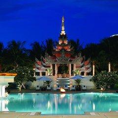 Отель Mercure Mandalay Hill Resort бассейн фото 2