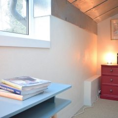 Отель Chic 2 Bedroom Garden House in Dalston удобства в номере
