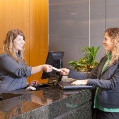 Отель West Coast Suites at UBC Канада, Аптаун - отзывы, цены и фото номеров - забронировать отель West Coast Suites at UBC онлайн интерьер отеля фото 2