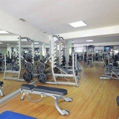 Отель Browns Sports & Leisure Club фитнесс-зал