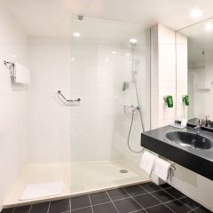Отель Park Inn by Radisson Brussels Midi ванная фото 2