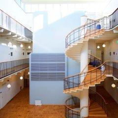 Отель Asplund Hotel Apartments Швеция, Солна - отзывы, цены и фото номеров - забронировать отель Asplund Hotel Apartments онлайн балкон