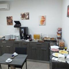Отель TJ Boutique Accommodation Мальта, Марсаскала - отзывы, цены и фото номеров - забронировать отель TJ Boutique Accommodation онлайн питание