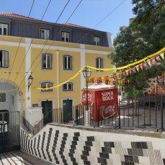 Отель Ascensor da Bica - Lisbon Serviced Apartments Португалия, Лиссабон - отзывы, цены и фото номеров - забронировать отель Ascensor da Bica - Lisbon Serviced Apartments онлайн балкон