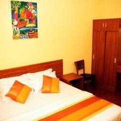 Отель City King Tourist Home Мале комната для гостей