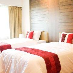 Отель Triple 8 Inn Bangkok Таиланд, Бангкок - отзывы, цены и фото номеров - забронировать отель Triple 8 Inn Bangkok онлайн комната для гостей фото 2