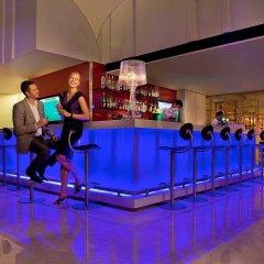 Отель Ibis Singapore On Bencoolen Сингапур гостиничный бар