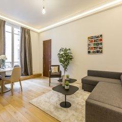 Отель We Stay - Champs Elysées 75008 Франция, Париж - отзывы, цены и фото номеров - забронировать отель We Stay - Champs Elysées 75008 онлайн комната для гостей фото 5