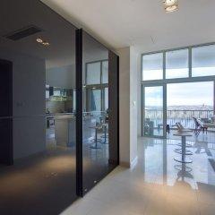 Отель Marvellous Apartment in Tigne Point With Pool Мальта, Слима - отзывы, цены и фото номеров - забронировать отель Marvellous Apartment in Tigne Point With Pool онлайн балкон