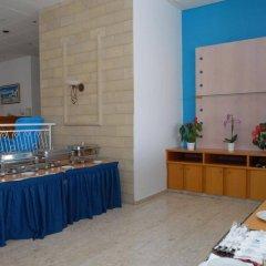 Отель Maistros Hotel Apartments Кипр, Протарас - отзывы, цены и фото номеров - забронировать отель Maistros Hotel Apartments онлайн питание фото 2