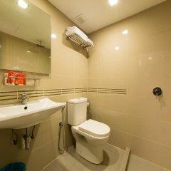 Отель Oyo 125 K Hotel Малайзия, Куала-Лумпур - отзывы, цены и фото номеров - забронировать отель Oyo 125 K Hotel онлайн ванная фото 3