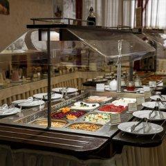 Гостиница Амакс Отель Омск в Омске 1 отзыв об отеле, цены и фото номеров - забронировать гостиницу Амакс Отель Омск онлайн питание фото 3