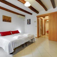 Отель Bed & Breakfast Giardini Италия, Венеция - 1 отзыв об отеле, цены и фото номеров - забронировать отель Bed & Breakfast Giardini онлайн сейф в номере
