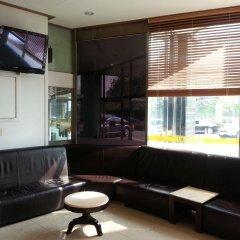 Отель Itaewon Crown hotel Южная Корея, Сеул - отзывы, цены и фото номеров - забронировать отель Itaewon Crown hotel онлайн гостиничный бар