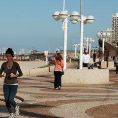 Отель Gilgal Тель-Авив спортивное сооружение