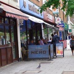 Отель The London Agent Waterloo Comfortable Home Великобритания, Лондон - отзывы, цены и фото номеров - забронировать отель The London Agent Waterloo Comfortable Home онлайн гостиничный бар