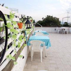 AlaDeniz Hotel Турция, Бююкчекмедже - отзывы, цены и фото номеров - забронировать отель AlaDeniz Hotel онлайн бассейн фото 2