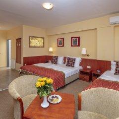 Hotel Charles 3* Номер Делюкс