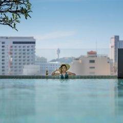 Отель Page 10 Hotel & Restaurant Таиланд, Паттайя - отзывы, цены и фото номеров - забронировать отель Page 10 Hotel & Restaurant онлайн бассейн фото 2