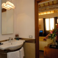Отель Condotti Palace ванная