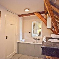 Отель Kasteel Sterkenburg ванная фото 2