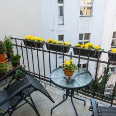 Отель Romantic Luxury in Old Town Prague Чехия, Прага - отзывы, цены и фото номеров - забронировать отель Romantic Luxury in Old Town Prague онлайн балкон