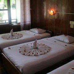 Nanda Wunn Hotel - Hostel комната для гостей