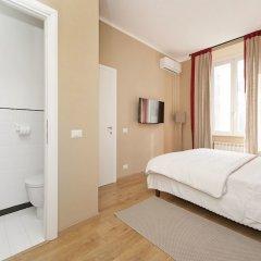Отель Kiss Inn сейф в номере