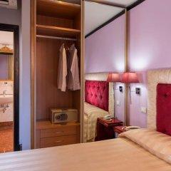 Отель Imperium Suite Navona сейф в номере