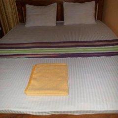 Отель Chanuka Family Resort сейф в номере